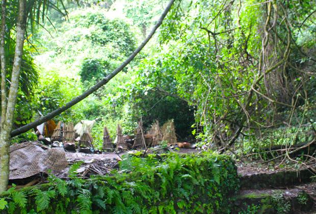 風葬の村 トルニャンツアー
